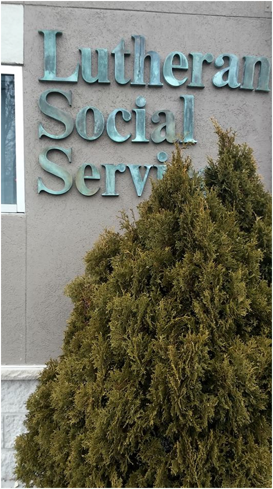 Delivery to Lutheran Social Service-St. Cloud MN --1 doll tote - 2 bear totes-2....1-22-18d